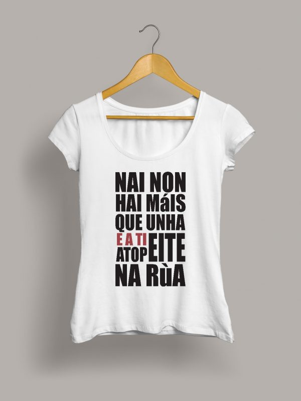 nai-atopeite-na-rua-camiseta-chica