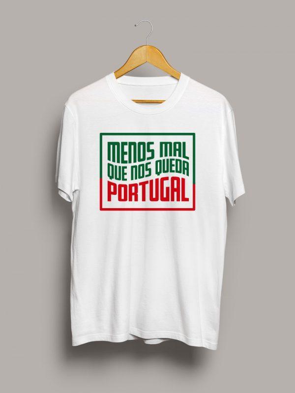 Camiseta chico, menos mal que nos queda Portugal